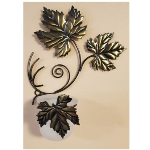 PartyLite Brass Metallic Grape Leaf Wall Sconces